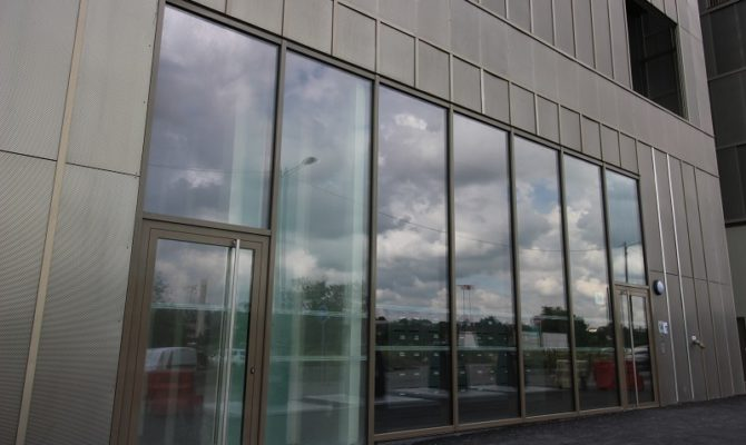 location Local Commercial 96m²