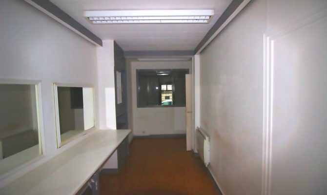 location Local Commercial 62 m²