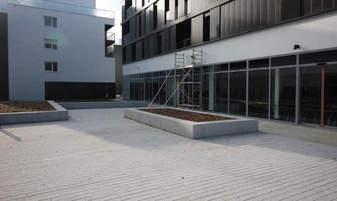 location Local Commercial 125m²