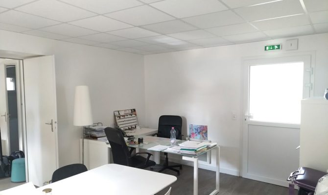 achat Local Commercial 64m²