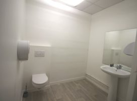 location Local Commercial 110m² THEIX 56