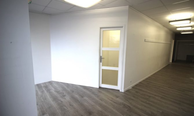 location Local Commercial 110m²