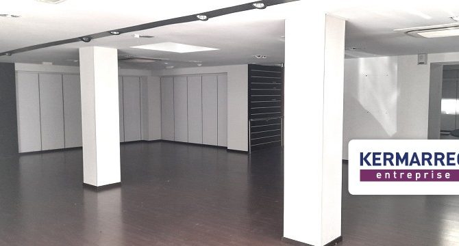 location Local Commercial 288m²